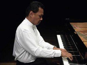 RÉCITAL DE PIANO avec HERIMANITRA RANAIVO - Concert classique de midi @ Salle Albert Camus