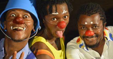 SAKASAKA / Compagnie ZOLOBE  – Théâtre de clowns
